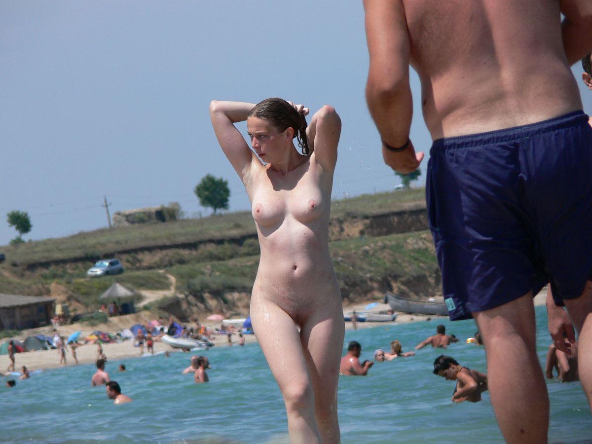 エロヌーディストビーチの無修正ヌード