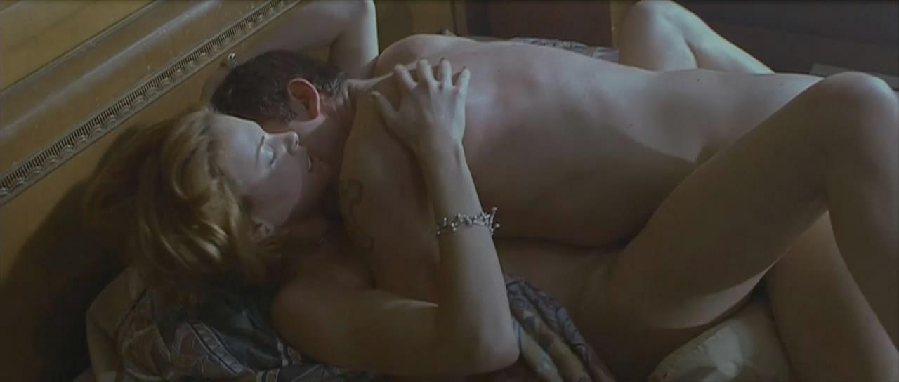 シャーリーズセロンのセックスエロ画像