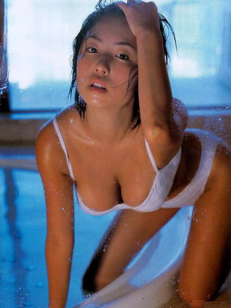 MEGUMIのヌード乳首エロ画像