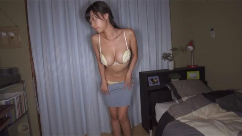 青山ひかるのヌード乳首エロ画像