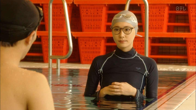 新垣結衣のセクシー水着エロ画像が放送事故