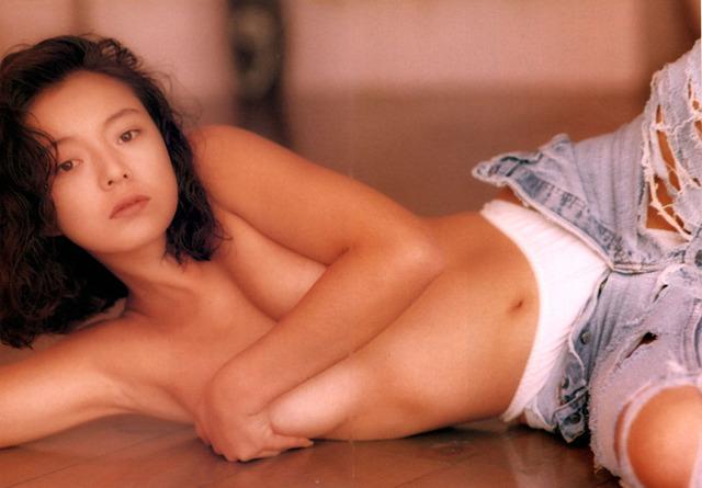 荒井美恵子の無修正全裸ヌード