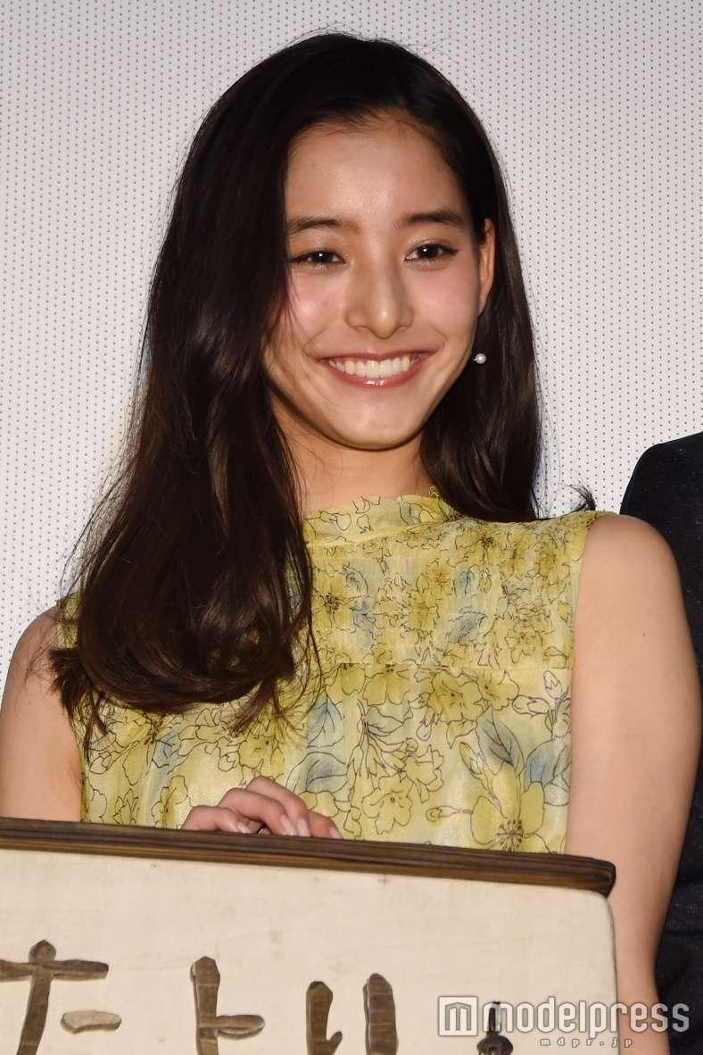 新木優子のエロおっぱい画像
