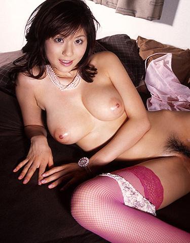 麻美ゆまの無修正セックスエロ画像