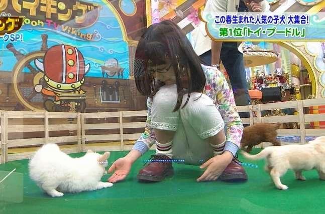芦田愛菜の巨乳で胸チラエロ画像