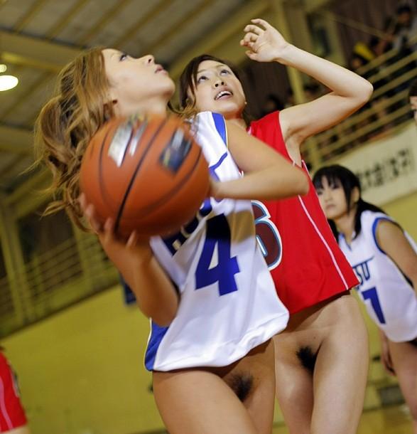バスケのパンチラエロ画像