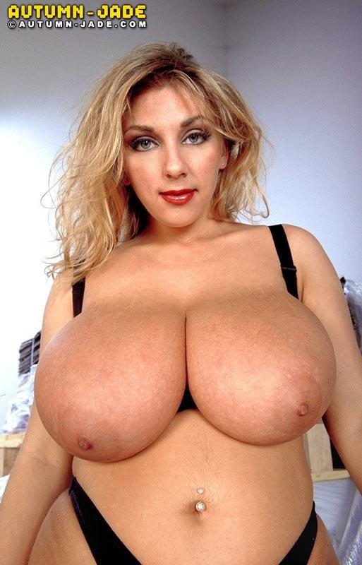爆乳外人の巨乳パイオツ画像