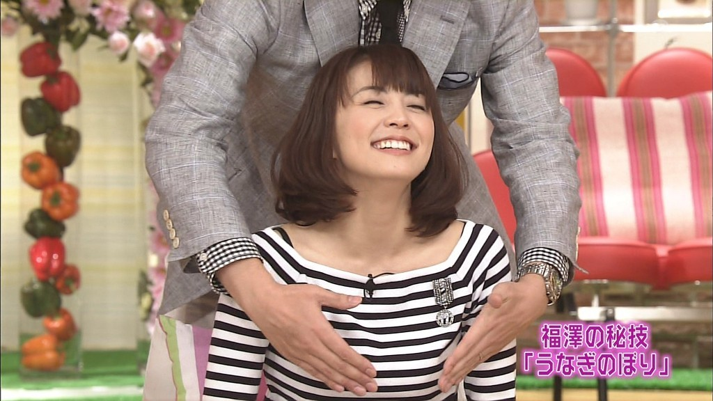 小林麻耶の乳揉みのパンモロエロ画像