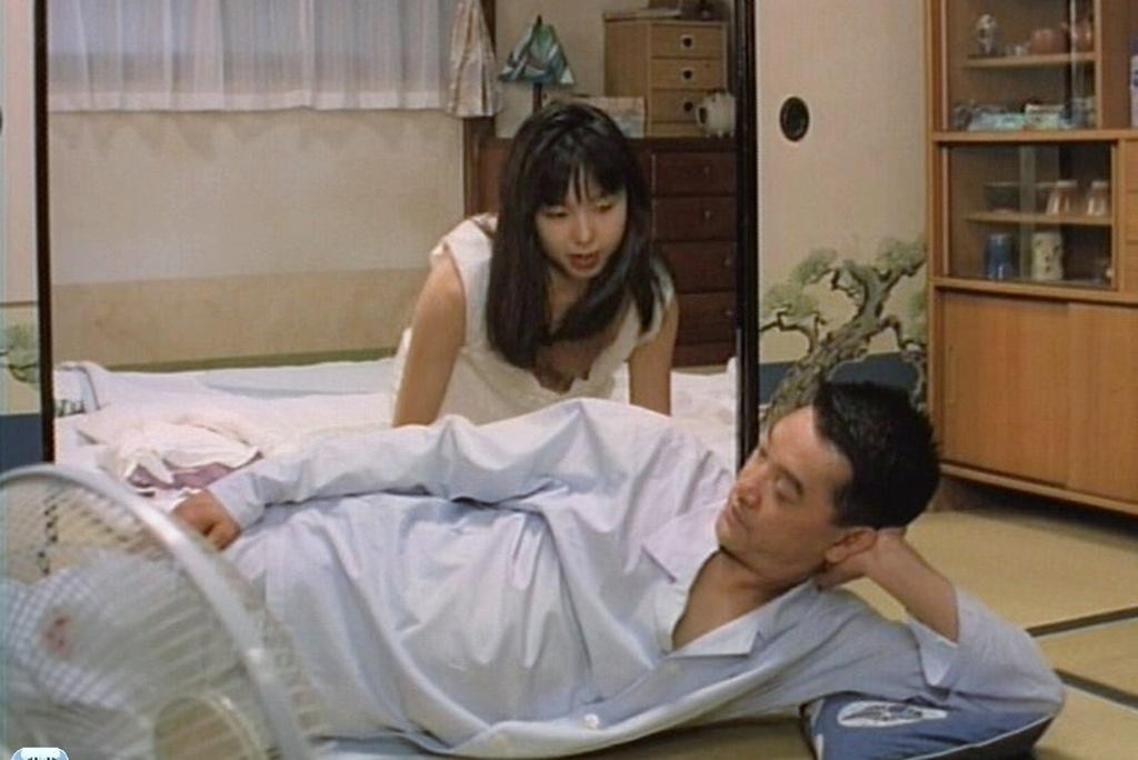 山口智子の乳首ポロリのエロ動画まとめ