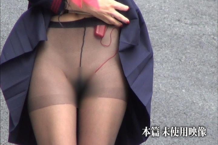 壇蜜のパンツ丸出しセクシー画像