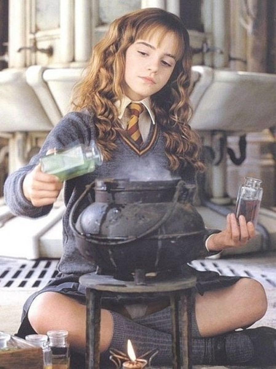 エマ・ワトソン(ハーマイオニー)のエロ画像