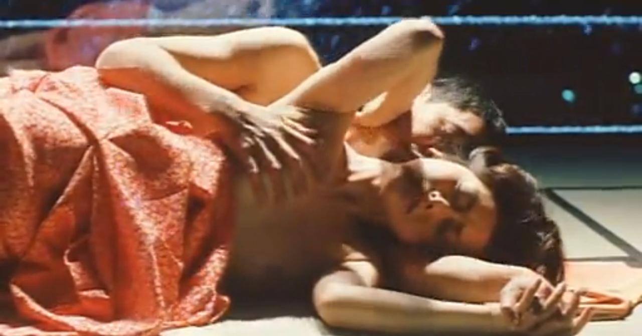 笛木優子の全裸ヌードで露出画像