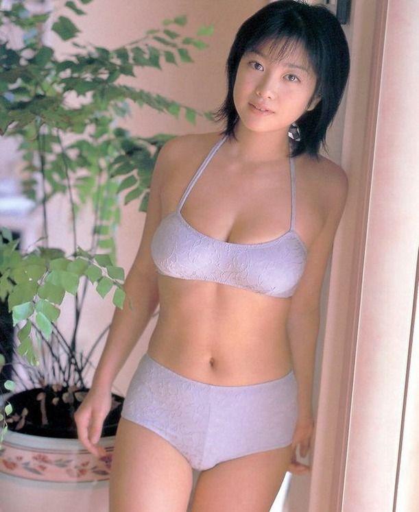 芸能人のフェラ中出し放送事故な小向美奈子裸エロ画像