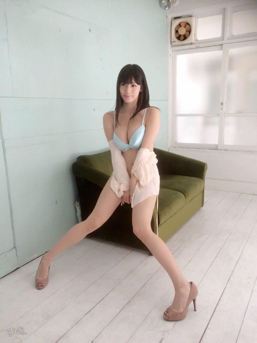 芸能人の高橋しょう子パンツ丸出しセクシー画像