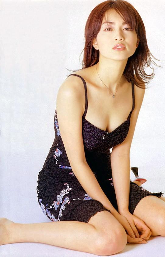 長谷川京子のお宝エロ画像