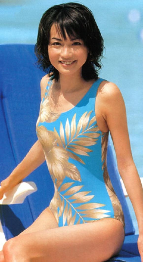 長谷川京子モロにマンスジやハミマンエロGIF画像