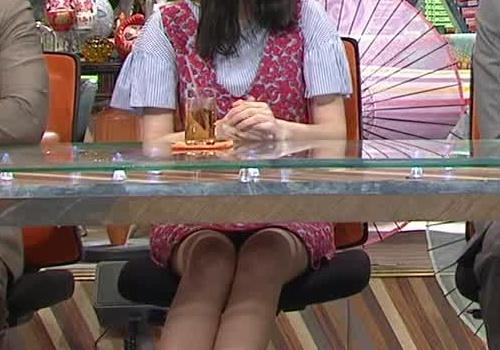 市川紗椰の巨乳パイオツ画像