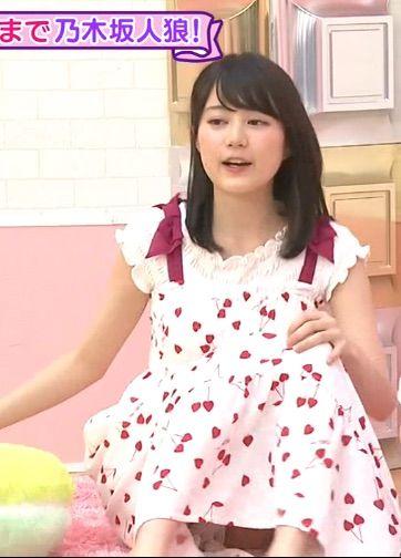 生田絵梨花の巨乳で胸チラエロ画像