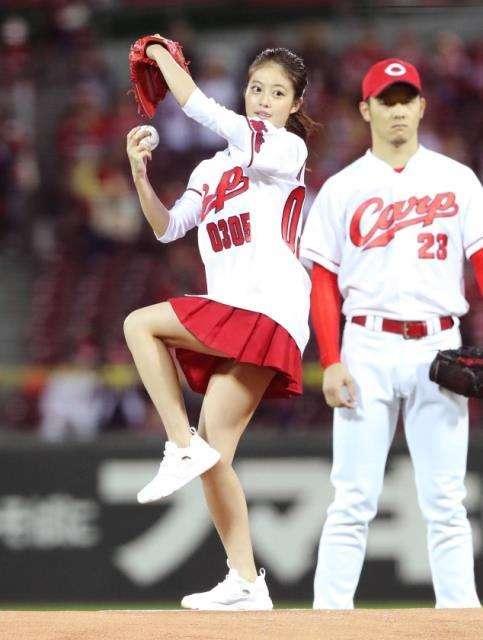 今田美桜の乳首ポロリ画像
