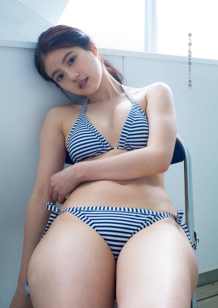 今田美桜のおっぱい乳揉みエロ画像