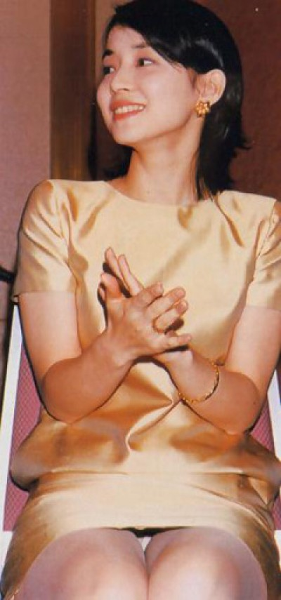 石田ゆり子のおっぱいエロ画像
