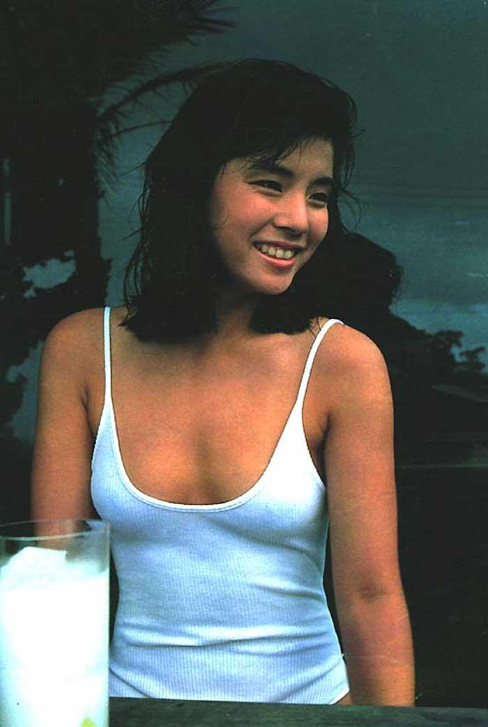 石田ゆり子の放送事故お宝エロ画像
