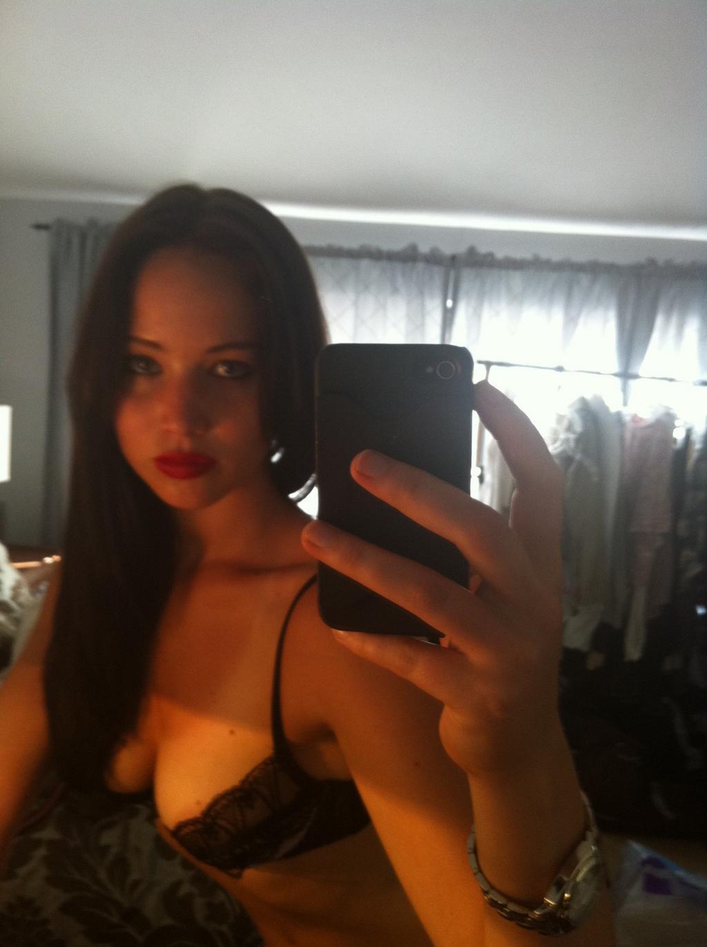 ジェニファーローレンスのおっぱいエロ画像