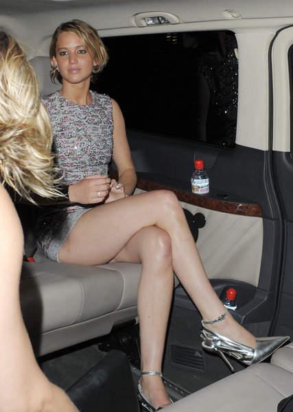ジェニファーローレンスの乳首ポロリ画像