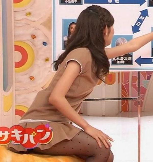 山崎夕貴の巨乳爆乳なおっぱいエロ画像がセクシーすぎる