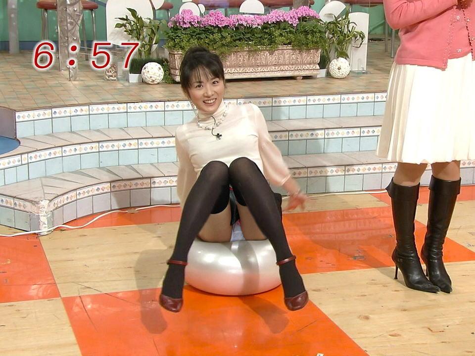 女子アナの高島彩エロ画像