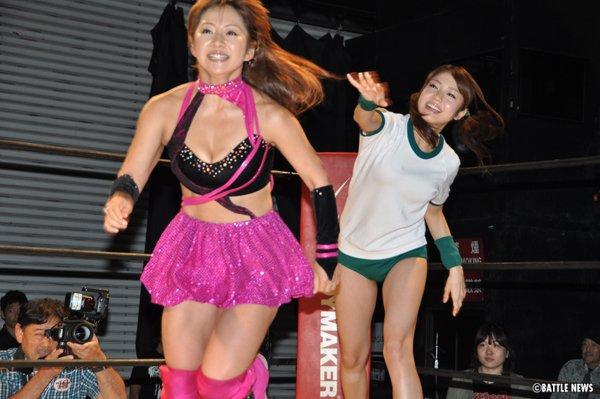 女子プロレスの下着丸見えパンチラエロ画像が抜ける
