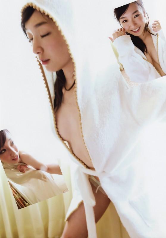 加護亜依の隠し撮りおっぱい画像