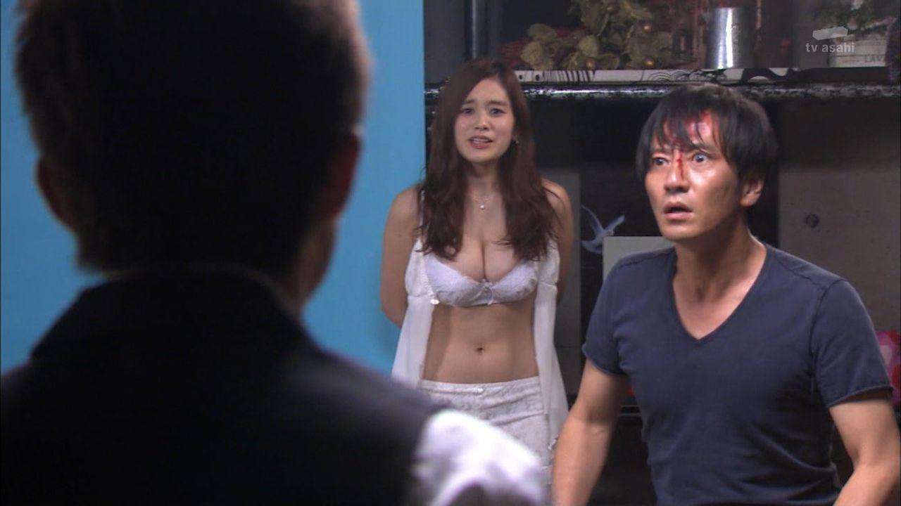 筧美和子のおっぱい濡れ場