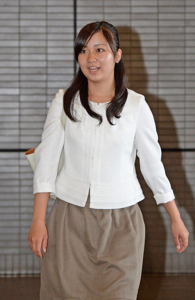 佳子さまのエロパンチラ画像