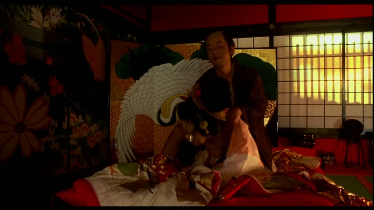 菅野美穂のおっぱい丸出しで全裸でエロ画像