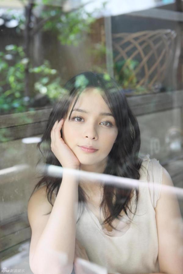 加藤ローサのお宝エロ画像