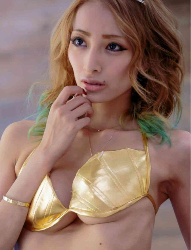 加藤紗里のAVエロ画像