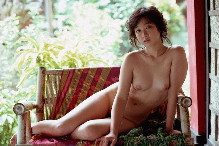 川上麻衣子の乳首ポロリ画像