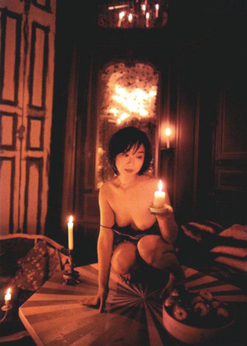川上麻衣子のセックスの濡れ場画像