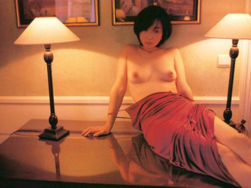 川上麻衣子のお宝エロ画像