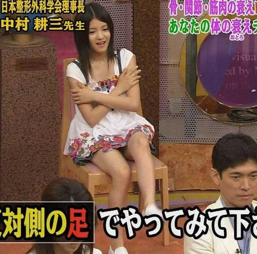川島海荷の巨乳爆乳なおっぱいエロ画像がセクシーすぎる