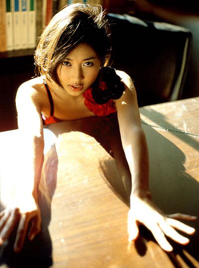 菊川怜のお宝エロ画像