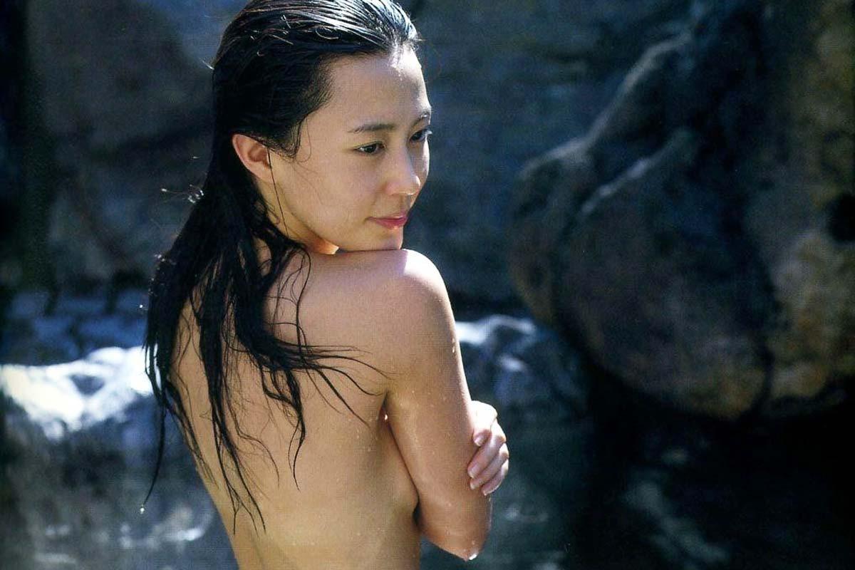 木村佳乃のエロおっぱい画像