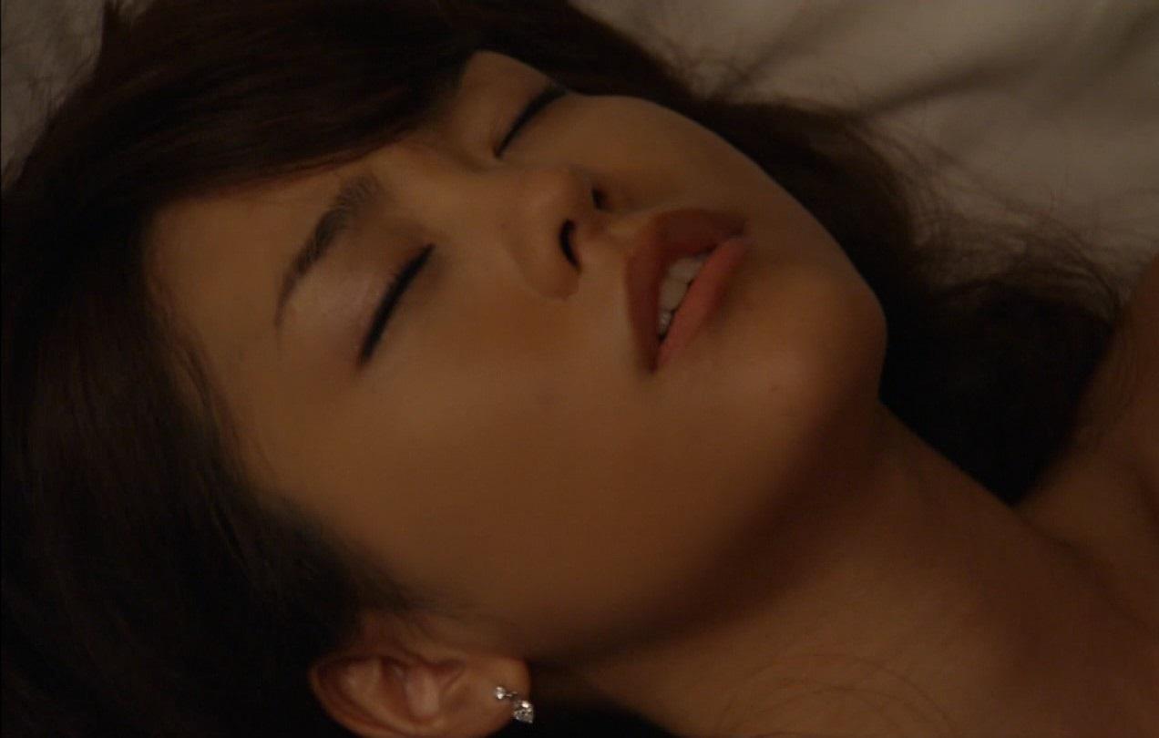 桐谷美鈴のおっぱいエロ画像