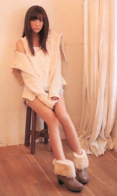 桐谷美鈴の水着から乳首ポロリとエロ画像