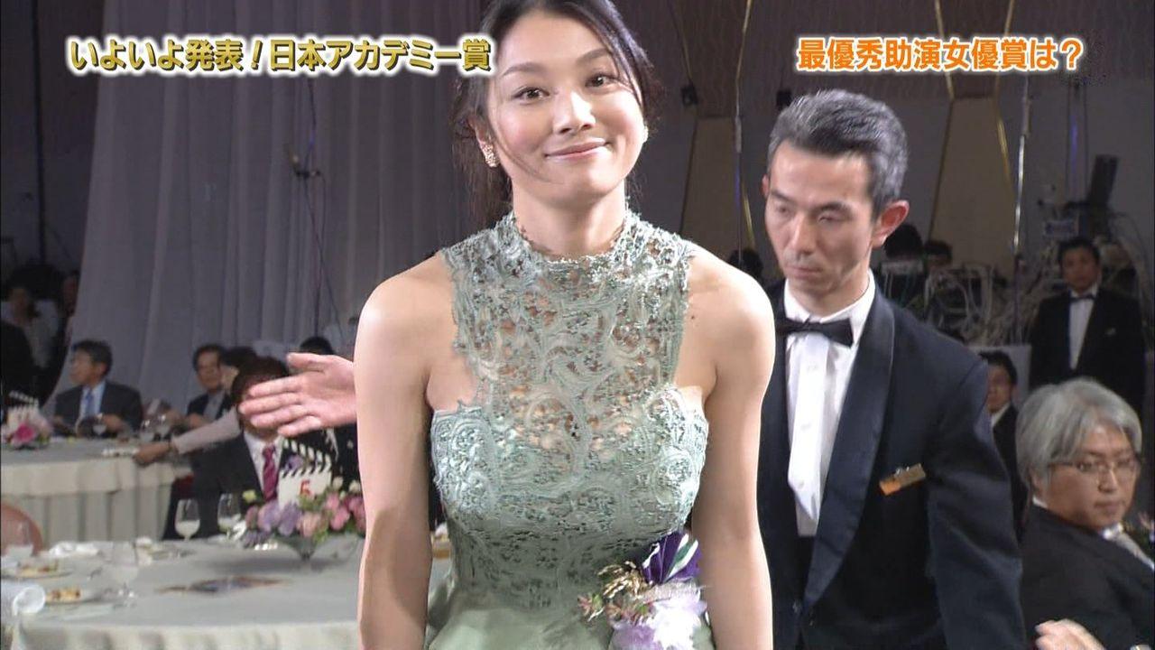小池栄子の無修正アイコラセックスエロ画像