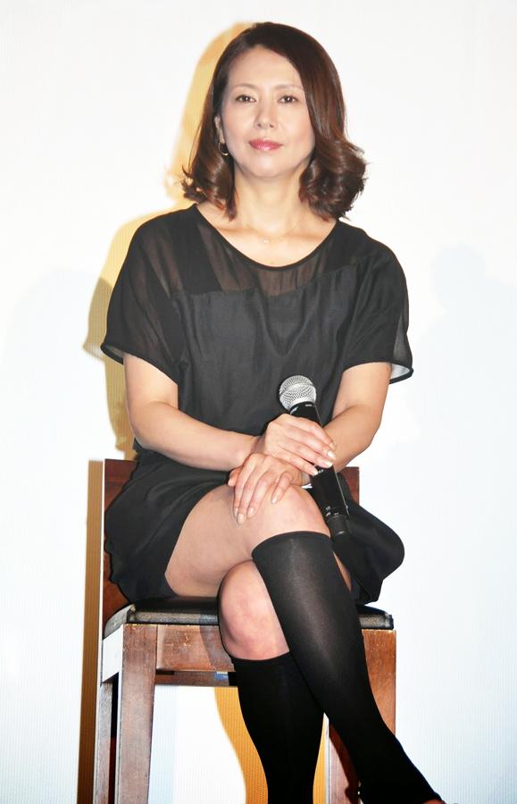 小泉今日子モロにマンスジやハミマンエロGIF画像