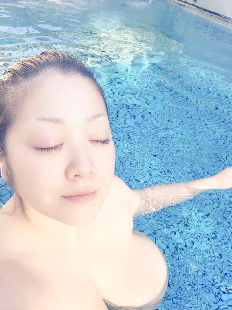 小向美奈子の無修正全裸ヌード