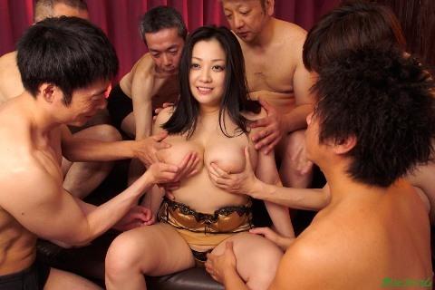 小向美奈子モロにマンスジやハミマンエロGIF画像