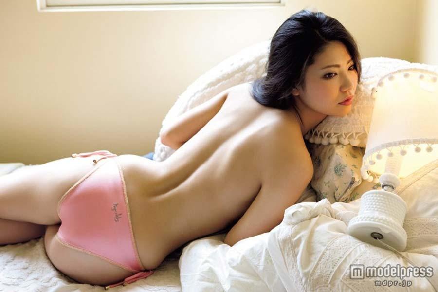 倉持明日香のおっぱいエロ画像